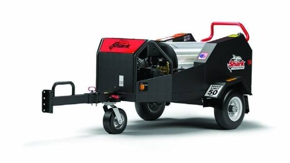 PRESSURE WASHER - TOWABLE - 4,000 PSI HOT